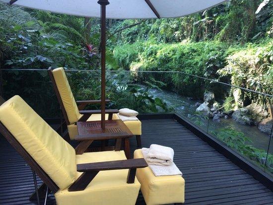 Maya Ubud Resort & Spa: by the river