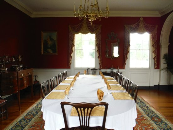 Belle Grove Plantation Bed and Breakfast : Breakfast/Social Hour occur here