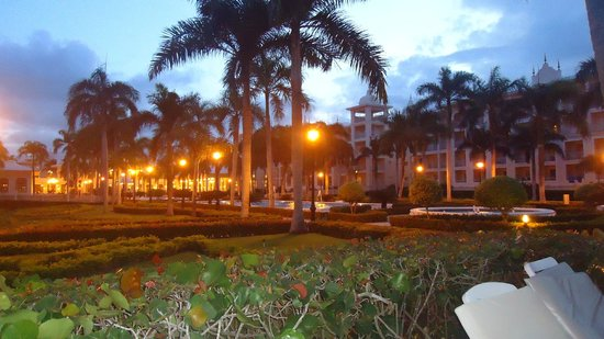 Hotel Riu Palace Punta Cana: Cae el atardecer