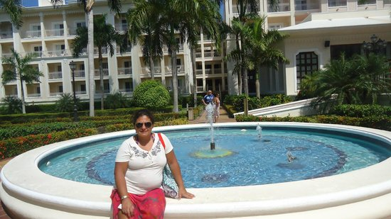 Hotel Riu Palace Punta Cana : Fuentes