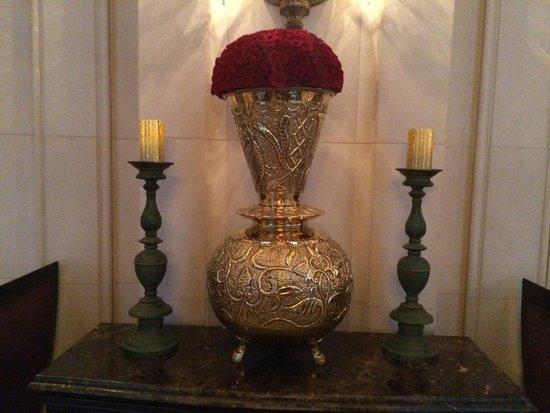 The Leela Palace New Delhi: flowers 5