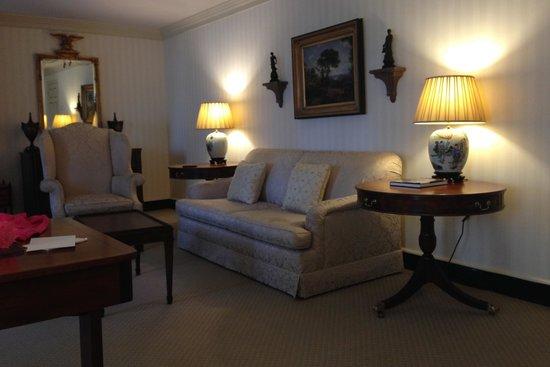 Williamsburg Inn: Living room