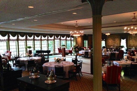 Williamsburg Inn: Regency Room