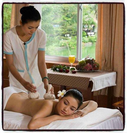 Thap Ba Hot Springs: VIP body massage