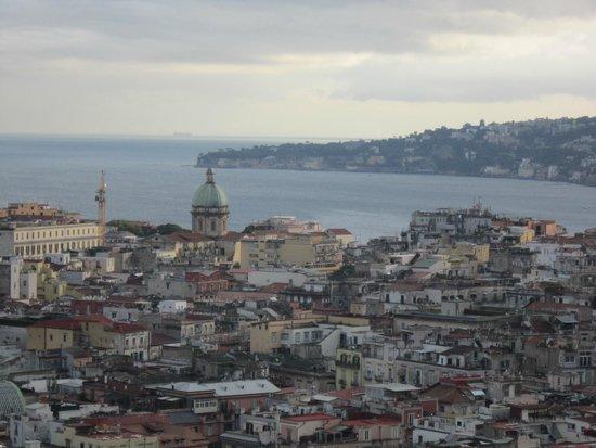 NH Napoli Ambassador: Vista desde la habitación