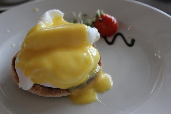 Lough Eske Castle, a Solis Hotel & Spa: Yummy Eggs Benedict!