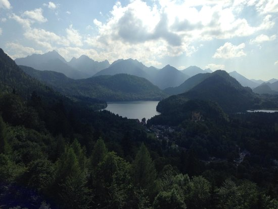 Castillo de Neuschwanstein: View from the balcony