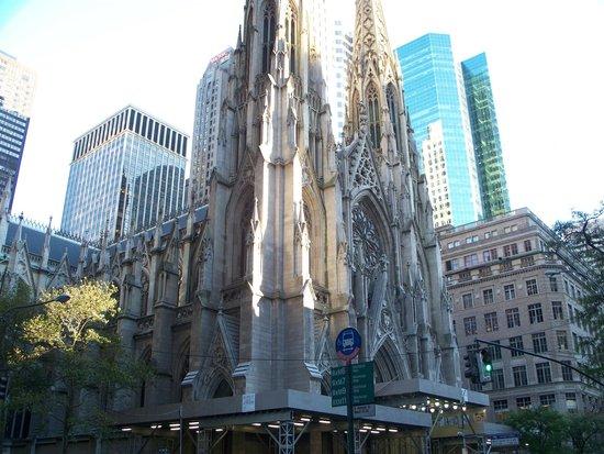Fifth Avenue: Итальянская церковь