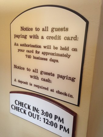 Holiday Inn Express Pearland: signage stating that they accept cash, which they did not honor.