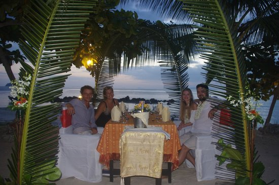 The Island View Restaurant: Evening Meal watching sunset