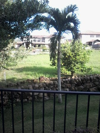 Hacienda Los Molinos Boutique Hotel: View of Restaurant from House