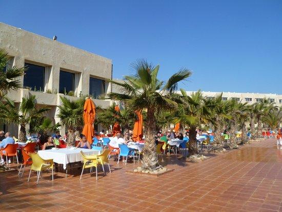 Djerba Holiday Beach : Terrasse du resturant bis