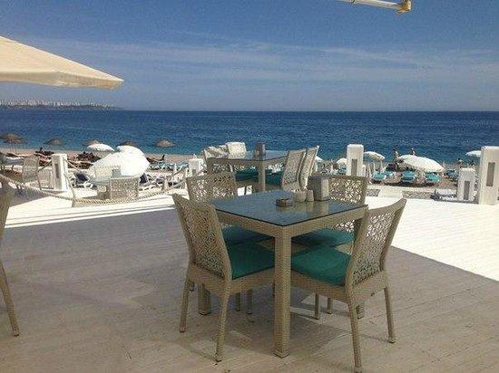 Rixos Downtown Antalya : пляж от Риксоса