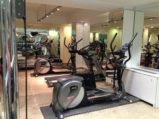 Ayre Gran Hotel Colon: Small Gym