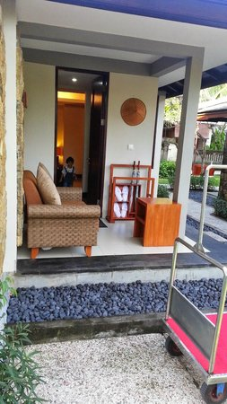 Rama Beach Resort and Villas: Our Room entrance