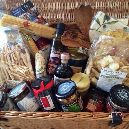 Benedicts of Whalley: fabulous hampers for any price
