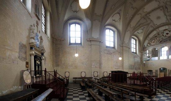 Quartier juif (Kazimierz) : Izaak Synagogue interior by Francesco Olivierri - stitched pan