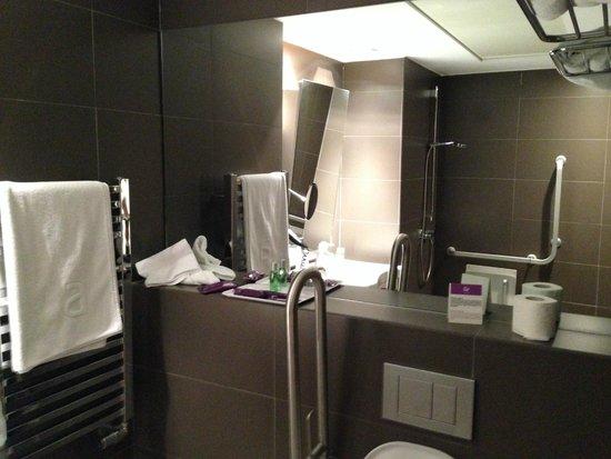 Ayre Gran Hotel Colon: Bathroom
