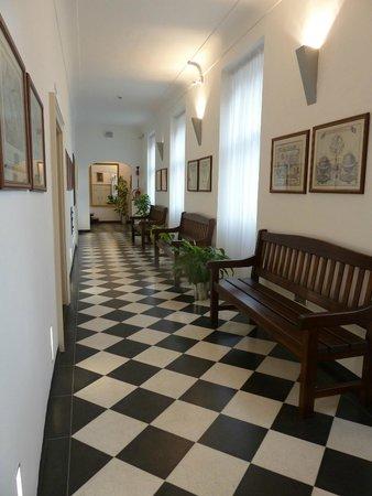Hotel Monastery : couloir de l hotel