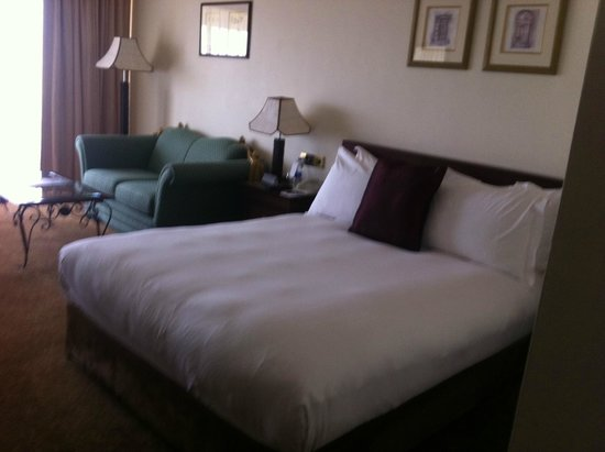 InterContinental Hotel Muscat : BED