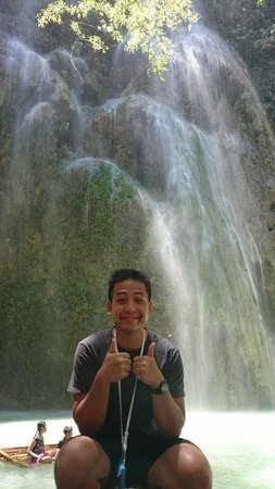 Tumalog Falls : Don't forget to take this portrait with cool background