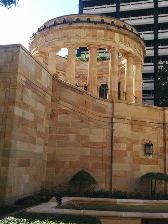 Anzac Square: Shrine of Remembrance