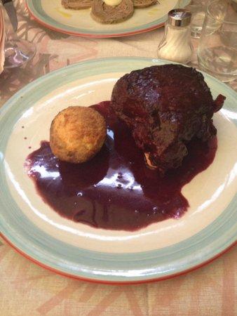 Il Campano: Filetto al chianti con patata al forno
