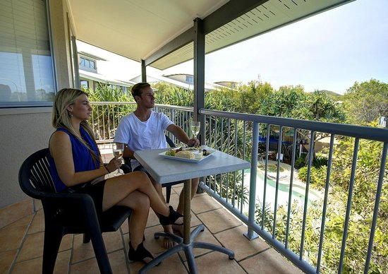 Seacove Resort: Enjoy the views from a one bedroom apartment balcony overlooking the pool