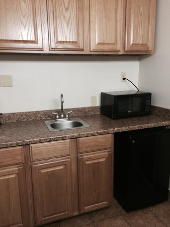 Baymont Inn & Suites Murray/Salt Lake City: Kitchen
