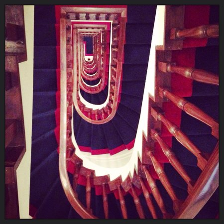 Hotel Lungarno: Stunning stairwell ...
