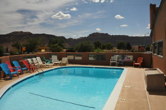 Inca Inn : The view and the pool
