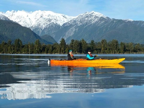 Glacier Country Kayaks: on the lake