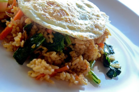 Lodtunduh Sari: delicious nasi goreng for perfect- the best we tasted on our trip!