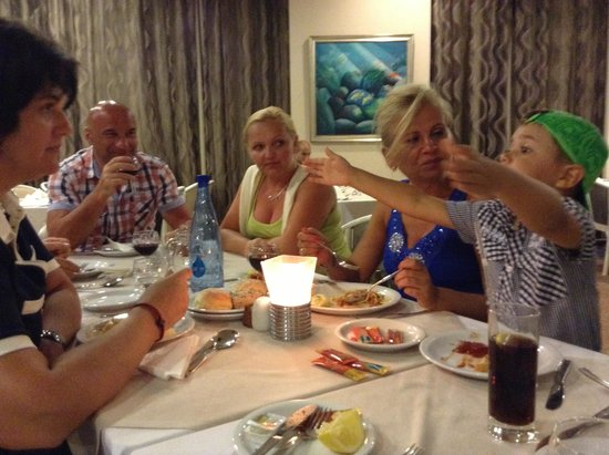 Pavlo Napa Beach Hotel: Aleksa