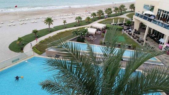 Radisson Blu Resort Fujairah: Beach Side - View From the Room