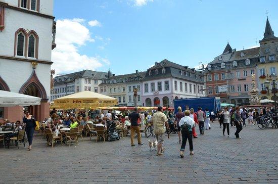Hauptmarkt: .