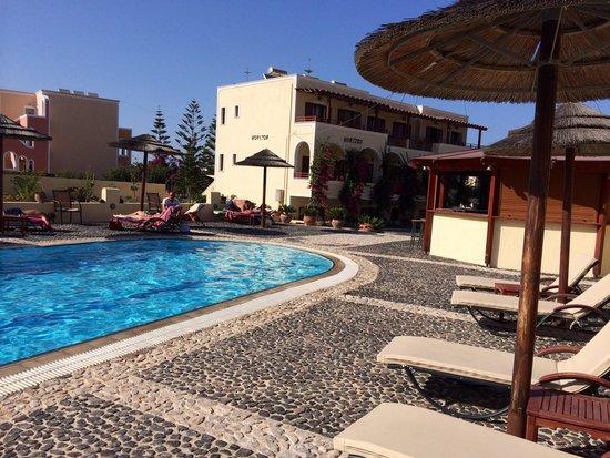 Horizon Resort: Vista piscina