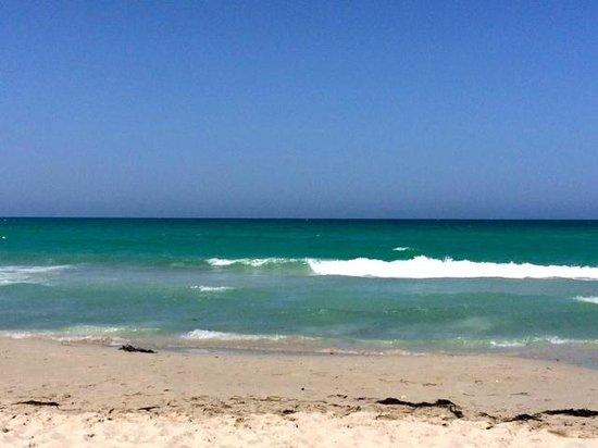 Fiesta Beach Club Djerba : Mer turquoise...