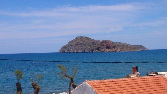 Porto Platanias Beach Resort & Spa: view from the room