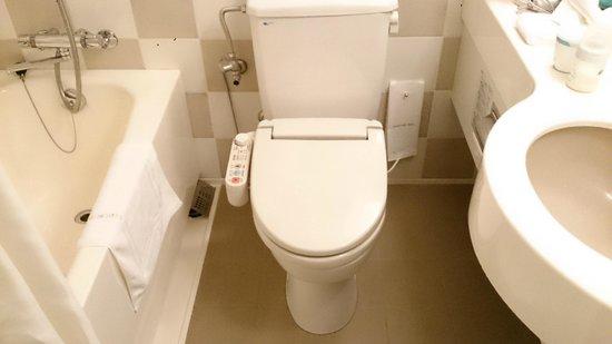 Shibuya Excel Hotel Tokyu : Technological bath
