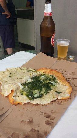 La Masardona: LA PIZZA CON SCAROLE(PARLA DA SOLA)  PROVARE X CREDERE.