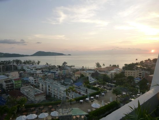 Sea Sun Sand Resort & Spa : sunset from the roof top