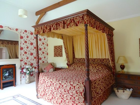 The Old Rectory Country House Bed and Breakfast: The Dorchester Room