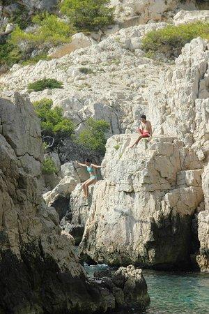 Calanque du Sugiton : Jumping