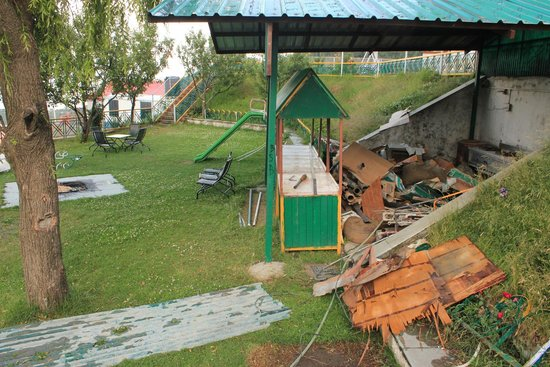 Galleu Hill Resort: What used to be the outdoor barbeque