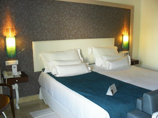 Hotel Jardin Tropical: La chambre