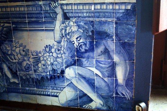 Palacio Nacional de Sintra: some of the lovely tiling to be seen