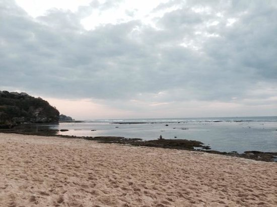 Exclusive Bali Bungalows: Bingin Beach - 5 mins walk from hotel