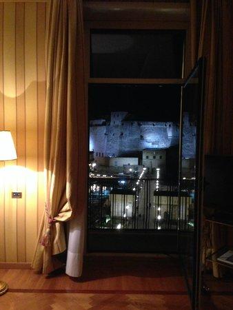 Grand Hotel Vesuvio : salottino suite