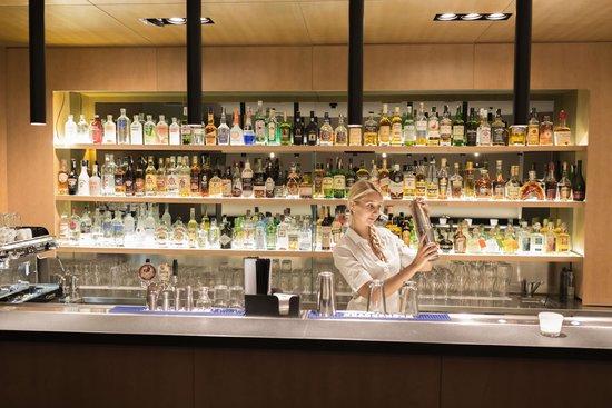 Hotel Golf: Bar